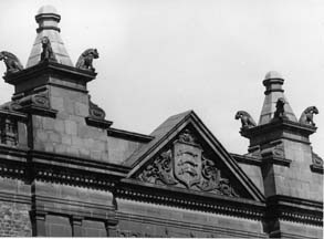 Detail of the griffins over the market entrance, photographed in 1972; image provided by Chiswick Public Library