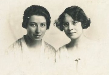 Dorothy Hurt and Winnie Bennett